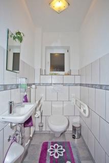 """Toilette Ferienwohnung """"Linderhof"""""""